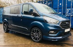 Ford Transit Custom 320 130ps Limited L2 Lwb DCIV Double Cab in Van Crew Q Sport 6- by Quadrant Vehicles