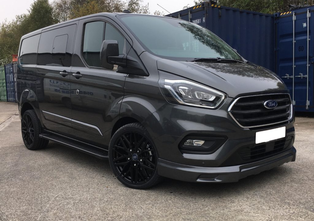 Magnetic Grey Ford Transit Custom 320 L1 SWB DCIV 185ps Auto Q Sport-1-Quadrant Vehicles