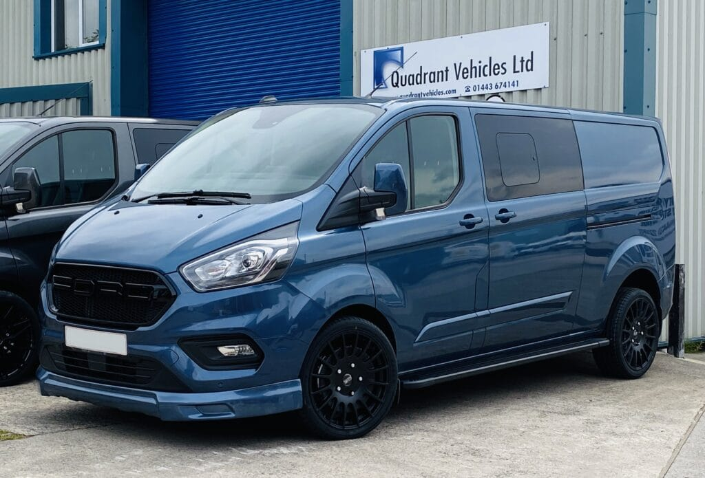 Ford Transit Custom Sport DCIV - Quadrant Vehicles - Pontyclun - Blue