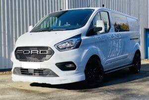 White Ford Custom Q Sport DCIV Crew Cab 130ps - Side-Right - By Quadrant Vehicles