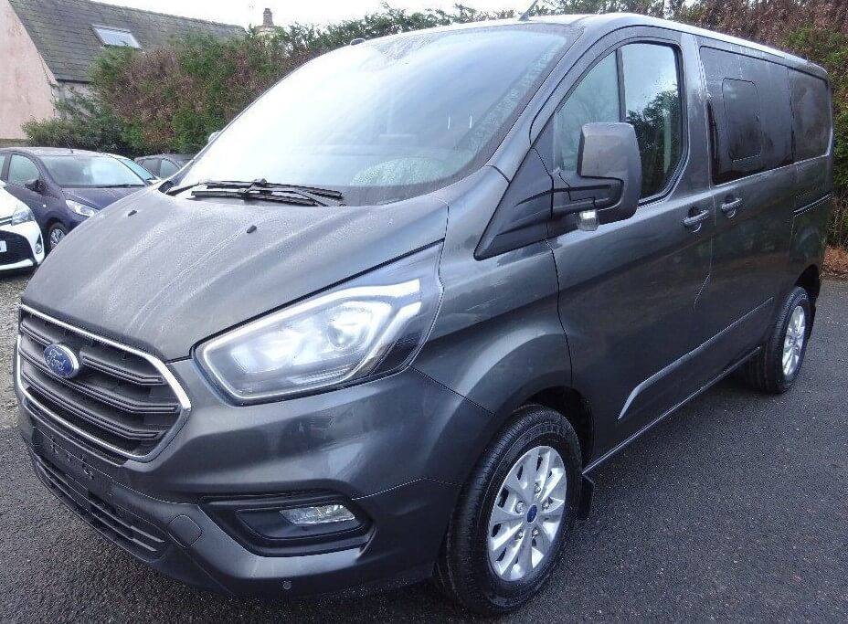 Ford Transit Custom 320 130ps - 170ps L2 Limited Double Cab in Van Crew Van by Quadrant Vehicles