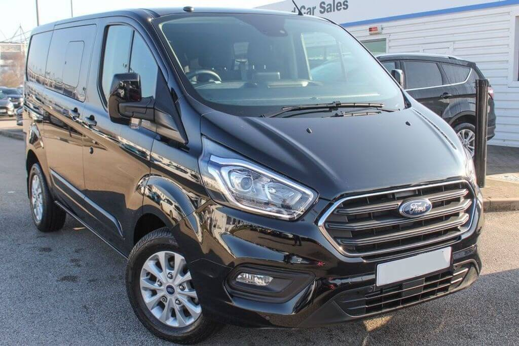 Ford Transit Custom 320 130ps L2 Limited Double Cab in Van Crew Van by Quadrant Vehicles