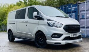 Silver Grey Ford Transit Custom Double Cab Q Sport 185ps Auto - right-side-front by Quadrant Vehicles